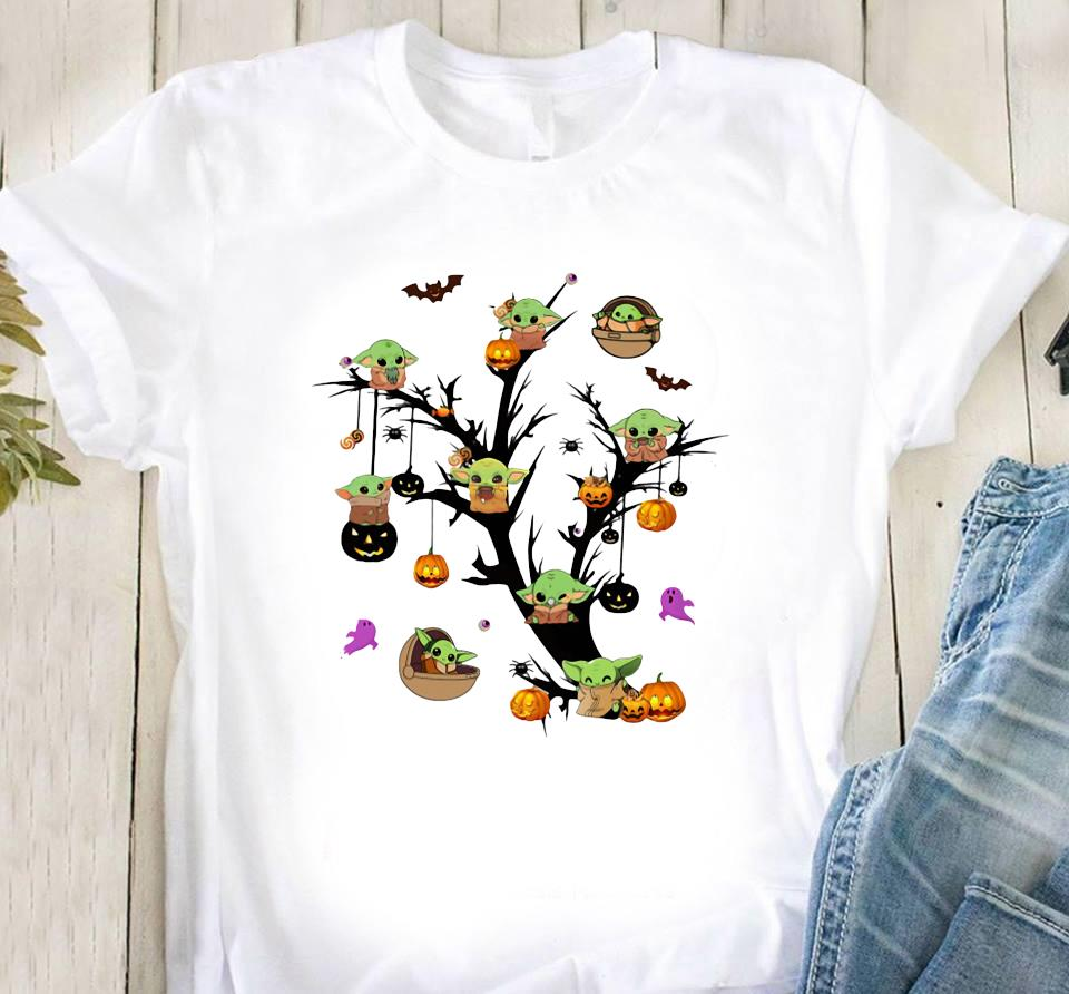 Baby Yoda And Pumpkin Tree Halloween Shirt Classic T-Shirt