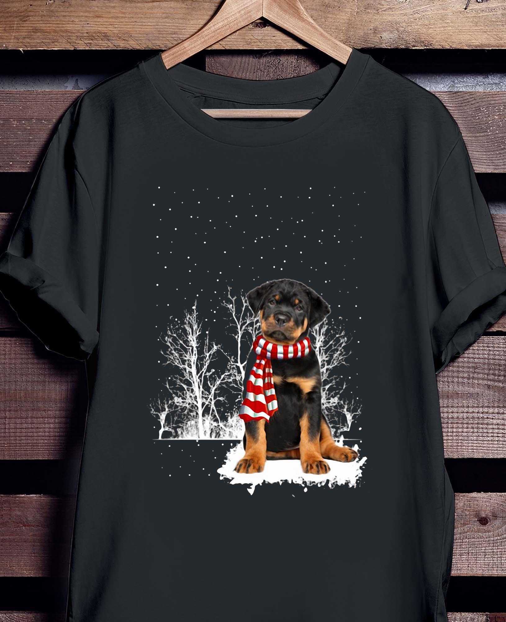 Rottweiler Snow Scarf Christmas Shirt